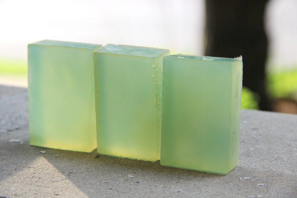 transparent-soapmaking