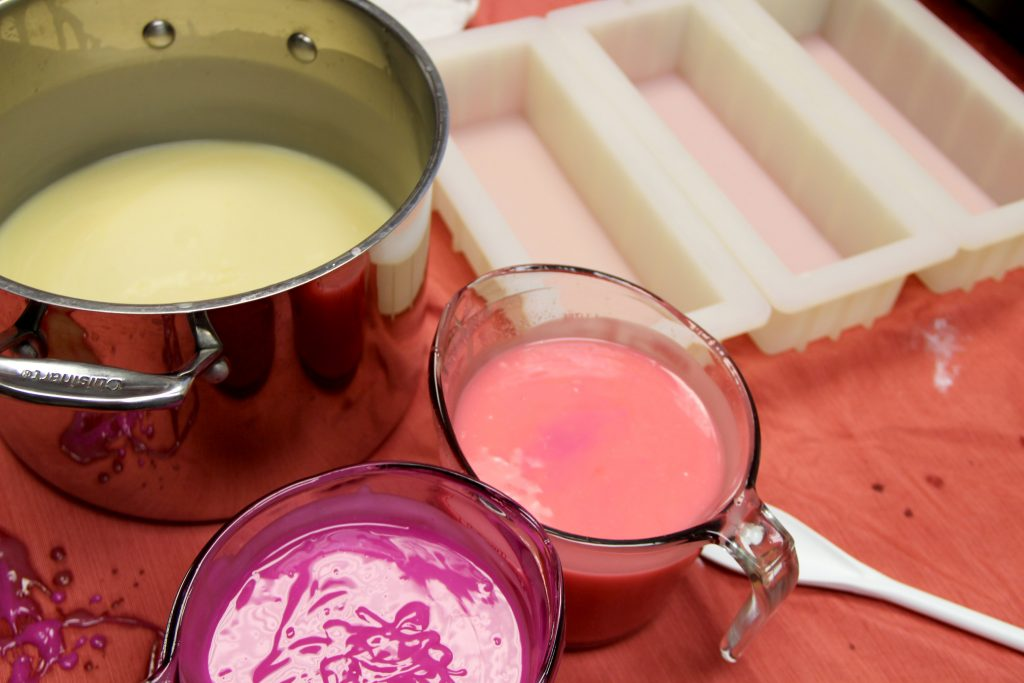 pink-colored-soap